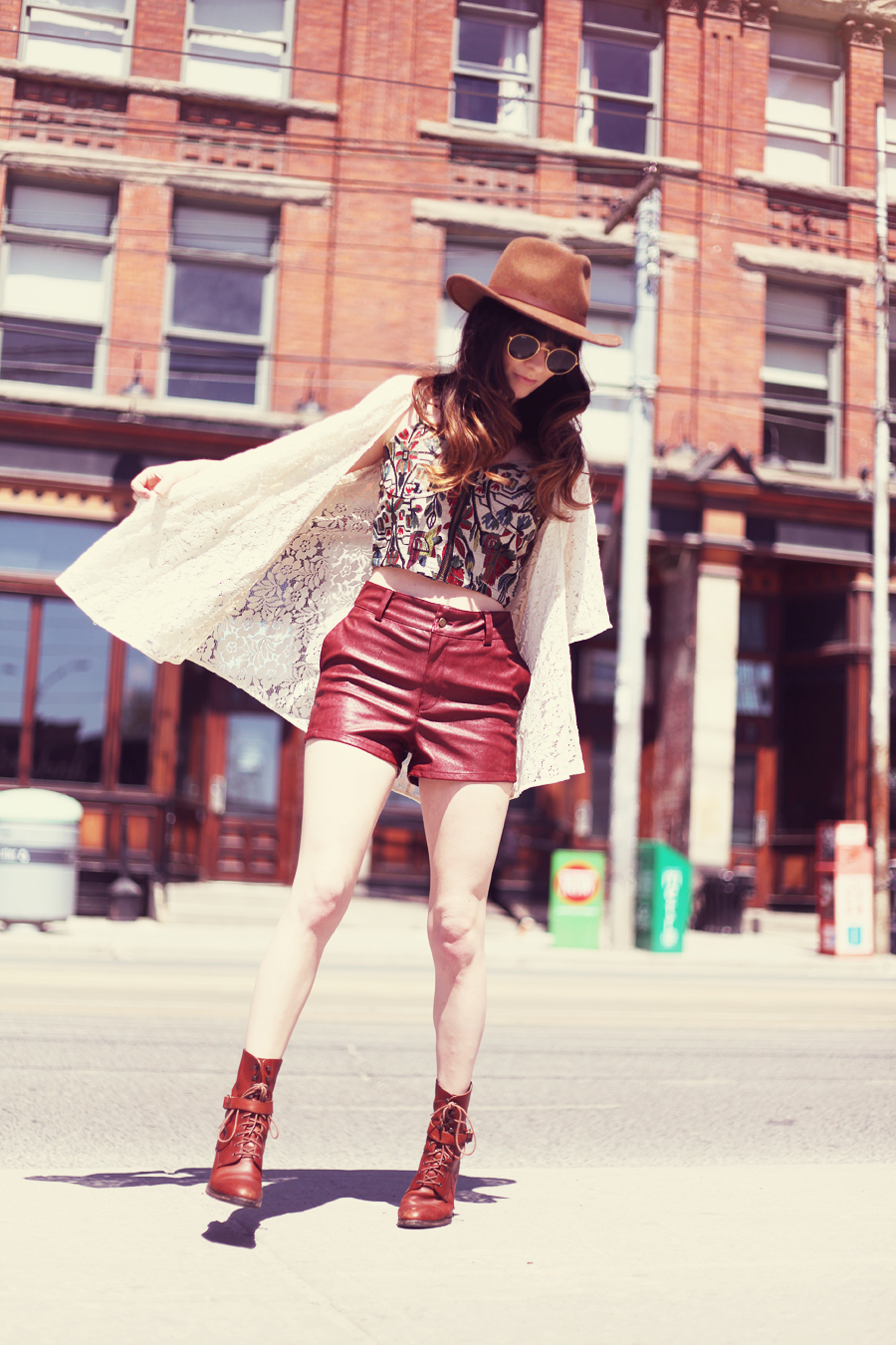 Rachel marie in Jag Lever style fashion blogger shoots a look in Toronto Canada for Volcom